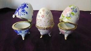 """3x Hinged Ceramic Egg Ring Jewellery Boxes Trinkets 3"""" tall Floral pink red blue"""