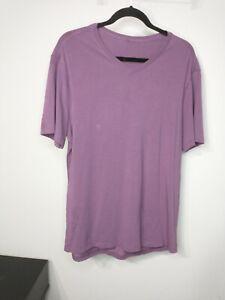 Men's Large Lululemon 5 Year Basic V Tee Purple