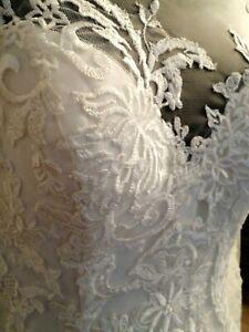 Robe de mariée Pronuptia neuveT44 ivoire modèle Melle Armance manches dentelle