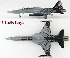 Hobby Master 1/72 F-5T Tiger II RSAF 144th Sqn Blackite Paya Lebar AB HA3340