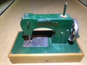 Sew master Berlin Germany US Zone sewing machine 1940s model