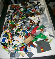 HARD-TO-FIND LEGOS 6 POUND LOT OF LEGO TOY MODELS MINFIGURES BRICKS PARTS PIECES