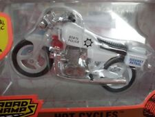 1/18 Yat Ming Road Champs Yamaha Hot Cycles Highway Patrol 63005
