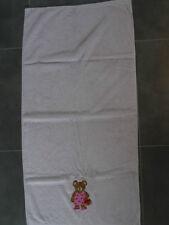 Drap de bain /  serviette de bain 132 x 66 cm rose clair brodé ourson
