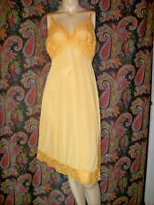 Vintage Van Raalte Opaqualon Sunshine Lacy Nylon Tricot Fancy Slip Nighty 38