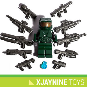 LEGO Halo Master Chief Minifig + Ultimate UNSC Spartan Weapon & Gun Pack XBOX
