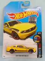 3459 HOT WHEELS CARTE US / HW MILD TO WILD 2015 / 5/10 FORD MUSTANG 2010 GT 1/64