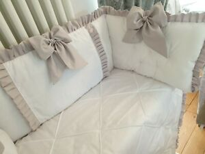 Cotbed Bedding White Quilt + Tufted Bumper with Ruffles + Bows Unisex + Colours