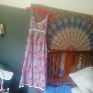 GABRIELLE PARKER BLUE/PINK FLORAL DRESS/NIGHTIE M 12-14