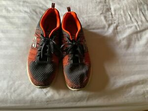 SKECHERS MENS TRAINERS - SIZE 11