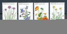 Echte Briefmarken aus Asien mit Pflanzen-Motiv
