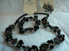 COMPLETE SET OF MATCHING NECKLACE, PIERCED EARRINGS & STRETCH BRACELET