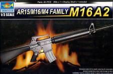 Trumpeter - Gewehr M16A2 + Display Shelf Standfuß 1:3 Modell-Bausatz Plastic-kit