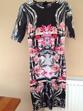 TopShop Bodycon Bold Floral Print Dress. Stunning Black Cream Pinks. Size 10