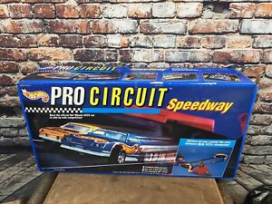 Mattel Hot Wheels 1992 Pro Circuit Speedway w/Cars Complete