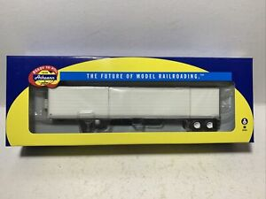 Athearn    53' Reefer Trailer   Owner/Operator    HO Scale