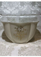 LENOX Fine China Flared/Fan Style Planter Bowl, Gold Flowers and Rim