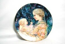 Edna Hibel Kristina and Child Mother & Child Plate Collectors Royal Doulton 1975