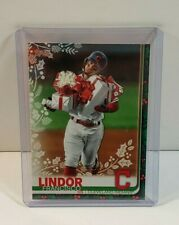 2019 TOPPS HOLIDAY GIFTS FRANCISCO LINDOR#HW74