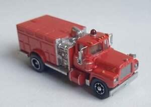 TT scale (1:120) model of the American fire truck Mack R-based