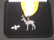 Silver Antelope Award Medal and Lapel Pin not sterling        de2
