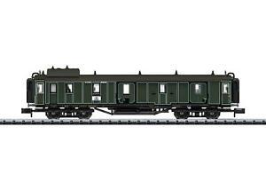 Minitrix N Gauge 15968 Bavarian Express Baggage Car