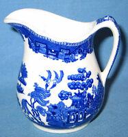 "Vintage John Maddock & Sons England Vetrified Blue Willow 5"" Creamer"