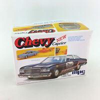 MPC 76 New Chevy Caprice Model Kit 1:25 Scale Retro Deluxe Bonus Trailer 1976