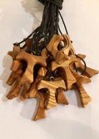 Tau mod L lotti da 30 a 150pz in legno di ulivo,croce di San Francesco d'Assisi