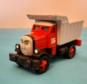 Thomas and Friends Diecast Max Dump Truck Take -N- Play or Take Along