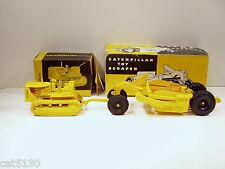 Caterpillar D7 Crawler & 70 Pull Scraper - 1/24 - Plastic - Cruver - w/ Boxes