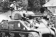 WW2 - Photo - Char Sherman de la 2ème DB en Normandie