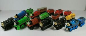 Thomas the Train & Friends Lot of 17 Pieces Wooden Railway Tank Engine