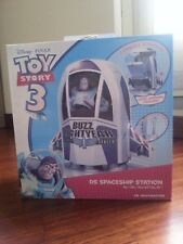 TOY STORY BUZZ LIGHTYEAR SPACESHIP CONSOLE CHARGER DOCK NEW NINTENDO DS Lite DSi