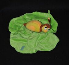 Peluche doudou escargot jaune brun FERRERO SPA ALBA feuille vert 13 cm TTBE