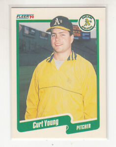 CURT YOUNG 1990 Fleer Canadian Canada #24 Oakland A's NM