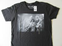 NWT Guns N' Roses MEDIUM T-Shirt Heavy Metal Rock Music Band Top Axl Slash