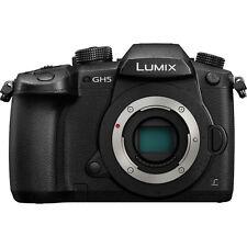 NEU Panasonic Lumix DMC-GH5 Kamera (PAL) - Schwarz mit Deutsche