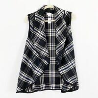 NEW Top It Off Black Plaid Open Front Vest Size Medium Pockets Soft Acrylic