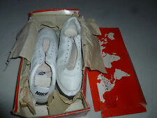 NEW IN BOX VINTAGE 1980S NIKE 3030 SHARK LEATHER MENS SHOES CLEATS SIZE 12 1/2 >