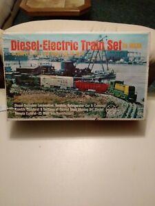 louis marx electric train set w/ extra tracks