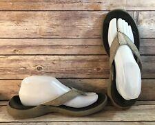 Crocs Men sz 8 Lt Brown Satiny Rubber Thong Comfort Flip Flops Sandals Shoes