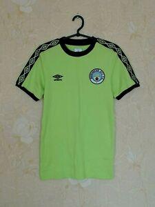Manchester City (Cityzens) training football shirt jersey Umbro size S