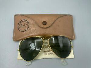 VINTAGE B&L RAY-BAN AVIATOR USA SUNGLASSES  62mm  GREEN LENSES case and paper
