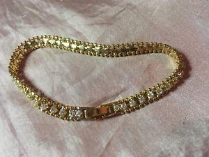 (JB) stunning Cubic Zirconia Crystal BEAUTIFUL gold plated Tennis Bracelet - New