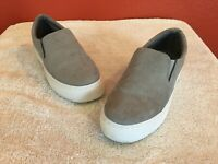 Qupid Women's Gray Step In Slip On Sneakers Comfort Shoes -  Size 6