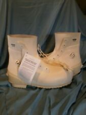 New USGI Mickey Mouse Cold Weather Boots Size 14N with air valve