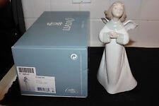 "Lladro ""An Angel'S Wish"" #01006788 Figurine"