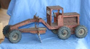 BOOMAROO GRADER TOY ANTIQUE COLLECTABLE