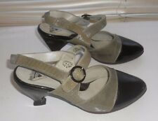 John Fluevog~Art to Wear~ Glycine/Charcoal Two Tone Slings Kitten Heel Shoes 8.5